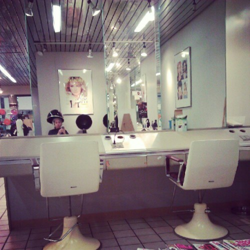 Getting Mah hair did! Yay ^-^ this salon reminds me of a space ship, I love it. (Taken with Instagram)