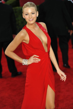 BLAKE LIVELY At the 2011 Emmy Awards, she turned heads in a red Versace gown with a plunging neckline.