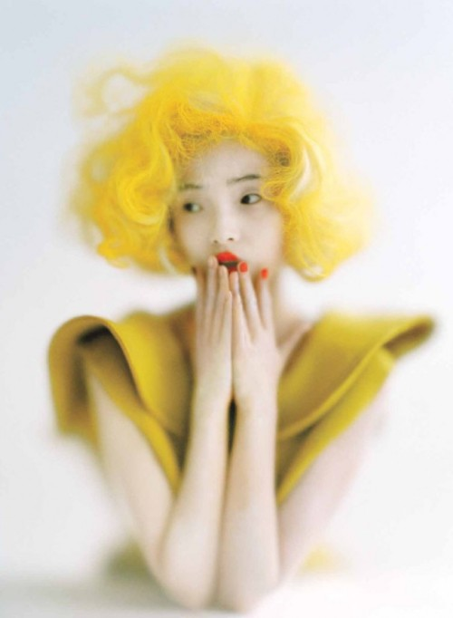 suicideblonde:  Xiao Wen Ju photographed by Tim Walker for Vogue, September 2012