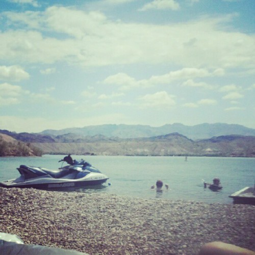 Gonna be a great weekend at Lake Havasu with Paul's family (Taken with Instagram)