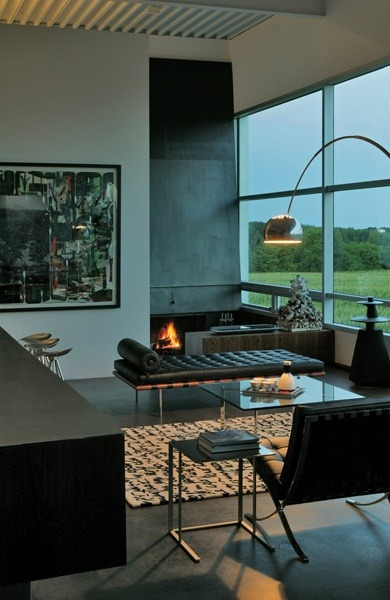 justthedesign:  justthedesign: Living Room Field House Wendell Burnette Architects  - I Love Ugly