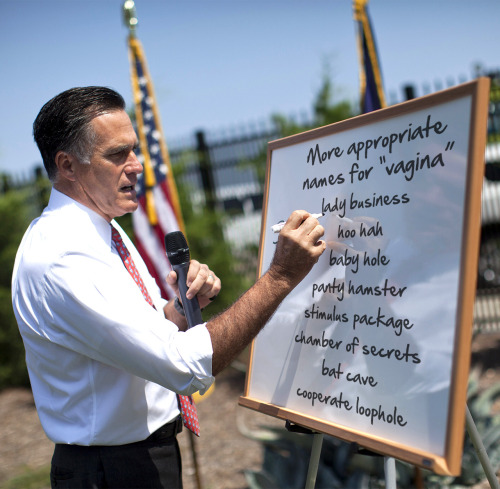 thefrogman:  Mitt addresses women's issues.