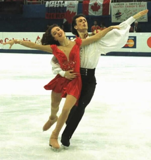 Irina Lobacheva and Ilia Averbukh skating the Golden Waltz compulsory dance at the 1997 World Championships. Photo by Barry Mittan.