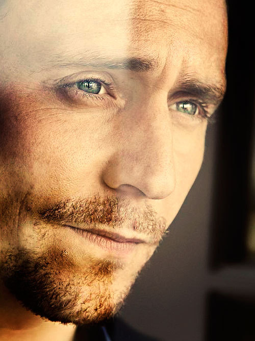 ♦ Tom Hiddleston - 50/100