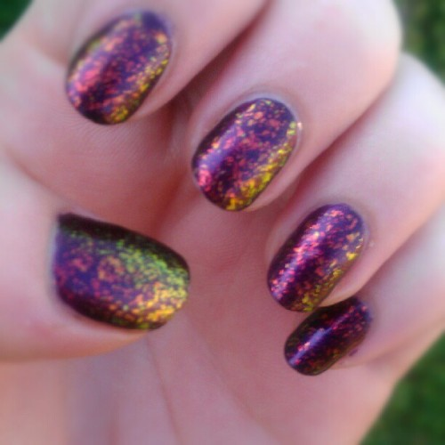 shescoolforkittens:  My nails in natural light! So much more cool. Two coats of #zoya Jem with one coat of #essie shine of times. #nails #nailsoftheday #notd #instanails (Taken with Instagram)