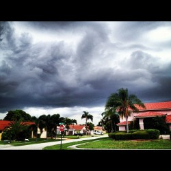 Totally normal sky… Doesn't look like death.. Nope… (Taken with Instagram)