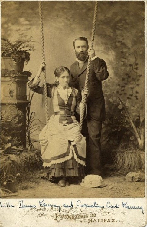 ca. 1900, [portrait of Lilla and Cornelius C. Kenney], Halifax Photographic Company via Harvard University's Schlesinger Library on the History of Women in America, Radcliffe Institute