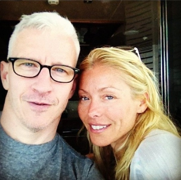 Anderson Cooper Gay Boyfriend Caught Cheating, Cooper Escapes to Exotic Vacation with Bravo Exec Andy Cohen? [PHOTOS](via Mstarz)