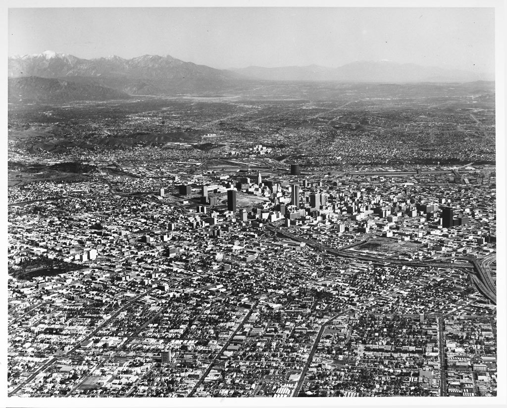 Aerial view of Los Angeles in 1960