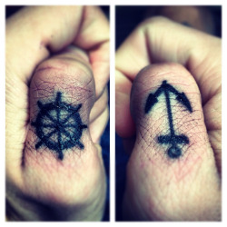 My new knuckle tattoos. :)  (SJ)