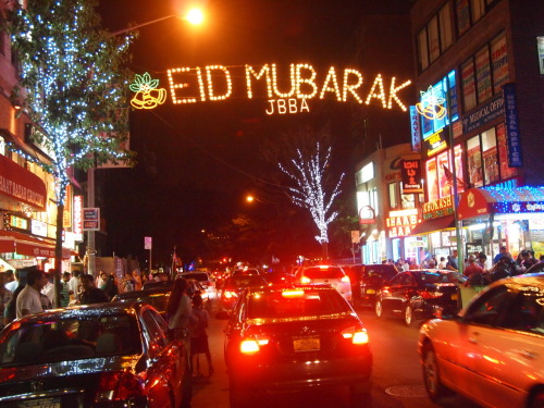 Glam-o-Ramadan: Muslim chic in Queens, New York. —Jackson Heights