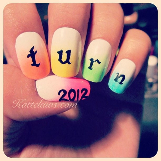 One of four manicures I did for Turn Magazine! Who doesn't love ombré? Seriously one of my favorites. Available for purchase on etsy :)