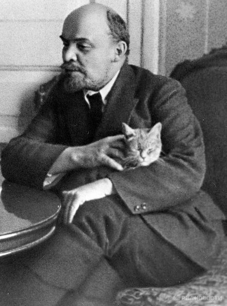 Lenin, and his cat, speaking to an American journalist in the Kremlin, 1920