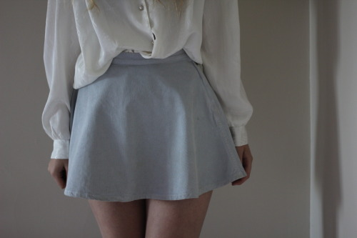 prince-floss:  ☾ pretty & pale blog ☽