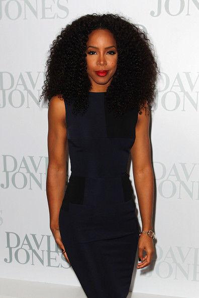 Just so perfectly flawless. Ms Kelly Rowland y'all!!!
