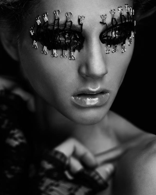 strangelycompelling:  Models - Maria Tsikalaki and StarletPhotography - Ole Martin HalvorsenMake up, hair and styling - Julia Høgevold SC | SC on Facebook