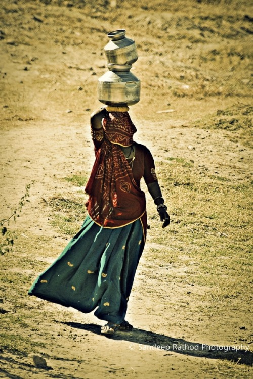indiaincredible:  Woman life in Village