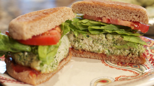 curvecreation:  Italian Turkey Burger Recipes (patty) - livefit Nutritional Info  Makes 8 (5 oz burgers)Calories: 144 Fat: 1g Carbs: 3.5g Protein: 27.6g Ingredients: 2 packages of ground extra lean turkey breast 4 medium zucchini, grated 1/2 tsp salt 1 tsp garlic powder 2 tsp onion powder 2 tsp dried basil 1 tsp oregano 1 tsp black pepper Directions: Set broiler on high, arranging rack so that burgers will be about 2 inches from the heat.  In a large bowl, combine grated zucchini, salt, onion powder, garlic powder, dried basil, oregano, pepper and then turkey.  Mix well and scoop out 4-to-5 oz portions. Mixture will be really moist so for easier clean up, use a foil-lined baking sheet, prepped with non-stick spray.  Place burgers in oven and broil for 7 minutes. Carefully flip each burger and continue to broil for another 7 minutes on the other side. Serve warm. Note: These are great at meatballs too! Make with spaghetti squash for a low carb meal.