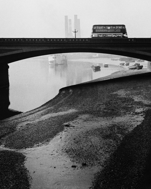 Bill Brandt Battersea Bridge, 1930's