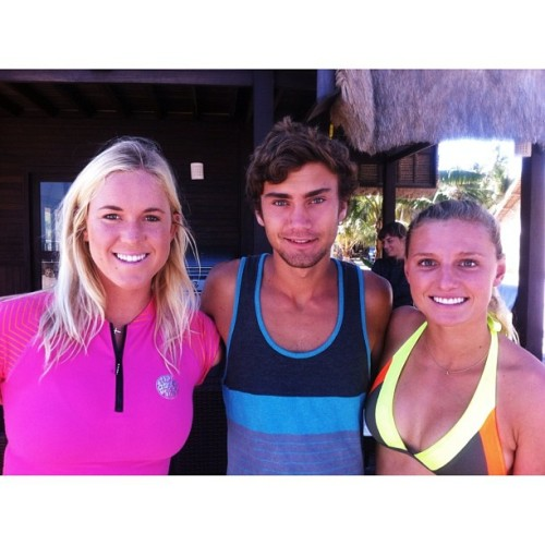 #vacation with @lakeypeterson and @bethanyhamilton! It's been fun :)  #indonesia  (Taken with Instagram at Rote, Indonesia)