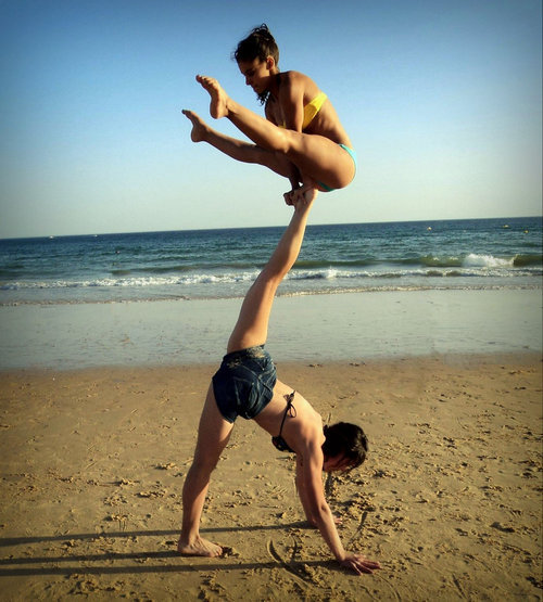 i want a yoga partner!!!