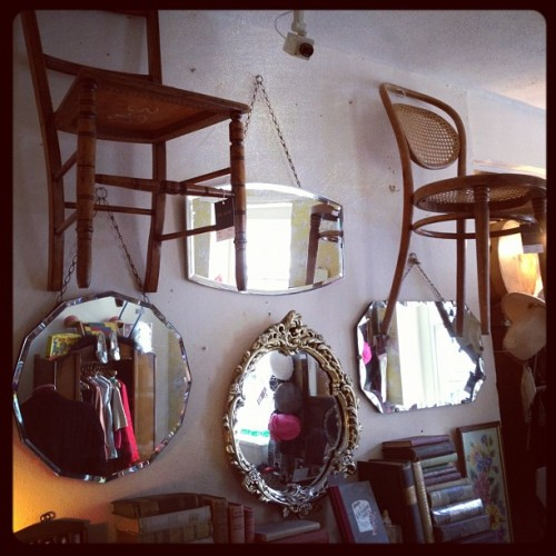 #vintage #mirrors #theattic #lincoln (Taken with Instagram)