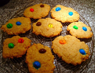 foodopia:  M&M's cookies <3