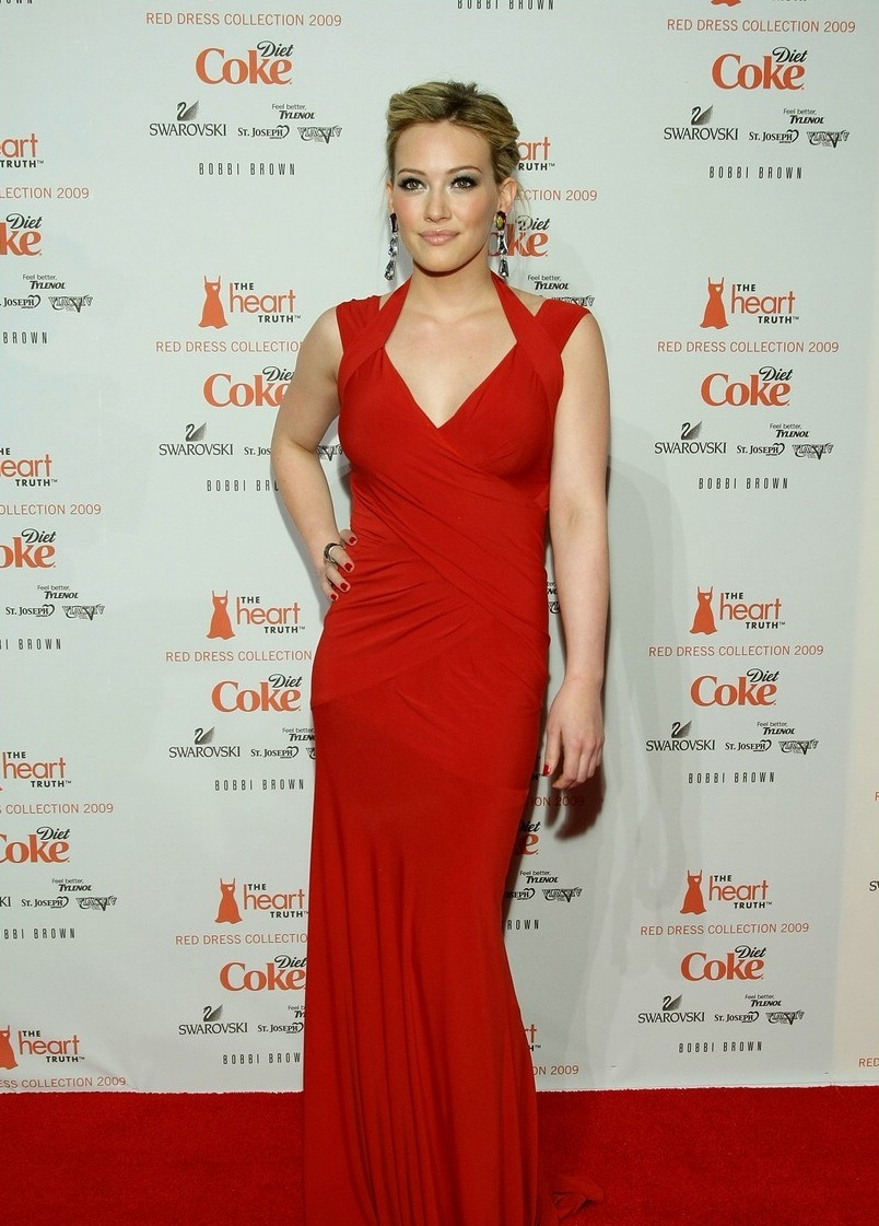 today's lady in red, Hilary Duff