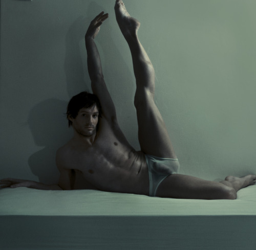 randy9bis:  danielchristo:  Daniel David & Christo Dancer Spring 2012 http://danielchristo.tumblr.com/ Photographer: Daniel David Retoucher: Christo Botha Performer: Franco  Hot dancer, and sexy suit to show off in !  :-)  The Summer Diary Project.  Follow us on Facebook + Twitter @summer_diary