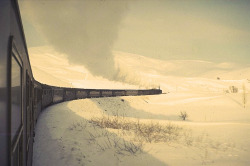 Source: (ponty.dk)The train ride between Istanbul and Erzurum, Turkey. photo credit: Erik Pontoppidan