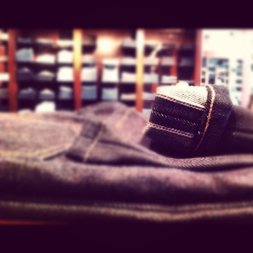 Attention to details… #Selvedge #RawDenim #Fashion  (Taken with Instagram)