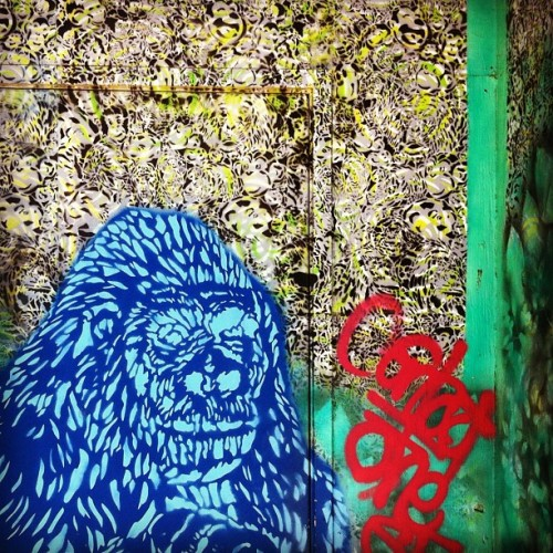 Detail of a door piece behind @cellspace #cellspace #door #doorporn #gorilla #stencil #spray #streetart #streetsofsf #sfstreetart  (Taken with Instagram)