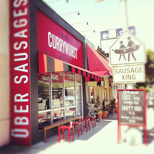Look who just got a new Über Juicy awning! @CurrywurstUS now I can enjoy my hot sausage in the cool shade (Taken with Instagram at Currywurst)