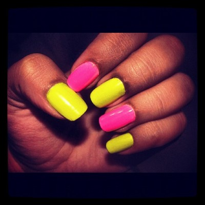 #nails #pink #yellow #nice #hand #taptap #pictureoftheday  (Tomada con Instagram)