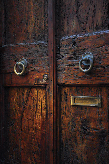 Italian Door by Francisco Antunes on Flickr.