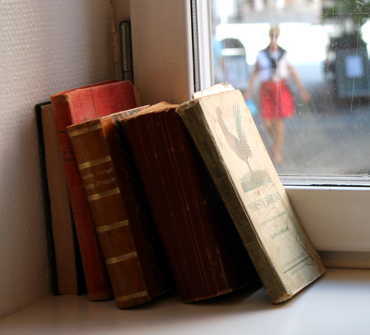 lifesmilesback:  Books