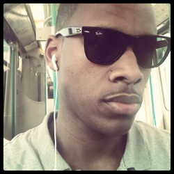 #london #instagood #instagreat #raybans #fashion #nike #dlr #grey #dope #fresh #shopping #west #black (Taken with Instagram)