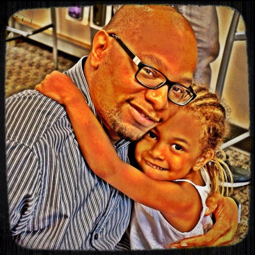 Me and my niece. I love her much!!!!! #instadaily #Igers #iPhoneonly #instagood #iPhonesia #20Likes  #gang_family   #bestoftheday #igers #instasg #nyc  #photo #iPhoneonly #instagramhub #instamood #picoftheday #webstagram #jj_forum #10Likes #art #instago #ignation  (Taken with Instagram)