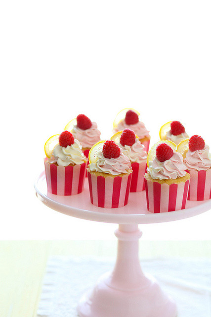 cupcakes-for-breakfast:  Lemon Raspberry Cupcakes | Annie's Eats