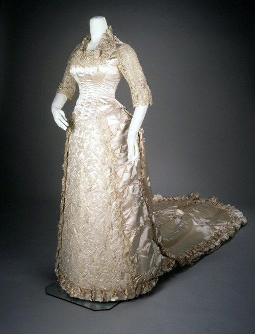 fripperiesandfobs:  Wedding dress, 1881 From the Metropolitan Museum of Art