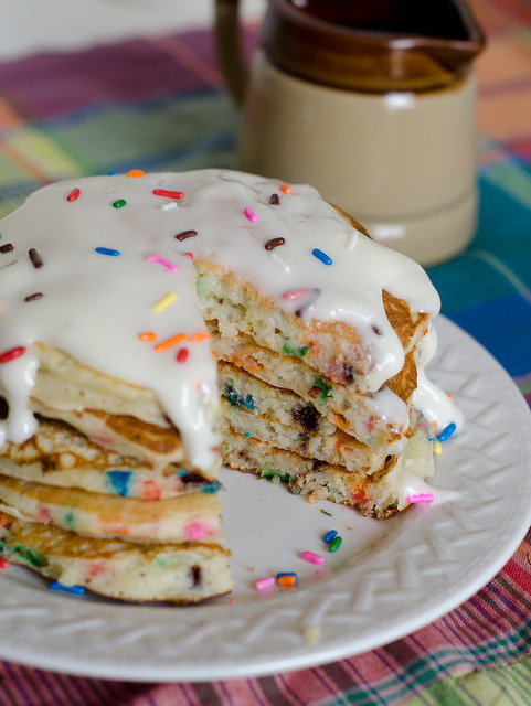 unbelievablysweet:  Birthday Cake Pancakes 5 by Pennies on a Platter on Flickr.For more photos of delicious looking sweets, go here! ❤ Enjoy~!