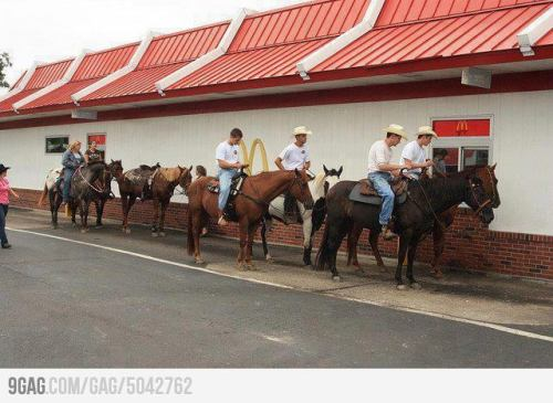 Meanwhile in Guatemala: Traditional style drive-thru