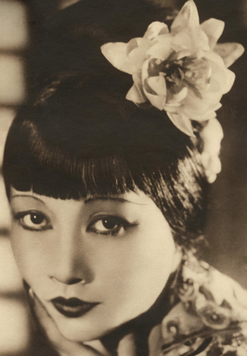 hedda-hopper:  Anna May Wong by Paul Tanqueray, 1928