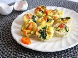 Baked egg and veggie muffins