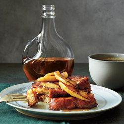 Maple and cinnamon French toasts, yum!