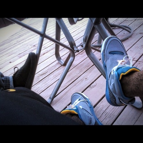 jojoabercrombia:  Me & Big Al's kicks for the day 👍 #Jordans #MJ #Vans #Chillin #Posted #Party #BigAl #LikeMike #SonOfMars #Wett #Drippin #PoolSide (Taken with Instagram)