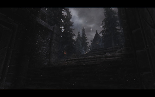 gwynhyrs-saga:  The dark side of the Goddess - Windhelm.  a wonderful selection of images from Gwynhyrs-saga.