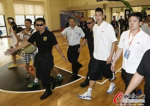 Lin's body guards. lol