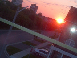 xoxolewis:  sun rising outside my window a few days ago.