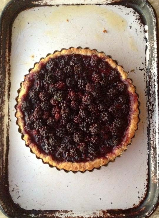 beeslikehoney:  Summer Recipe: Foraged Berry Tart — Recipes from The Kitchn http://bit.ly/SbeR8p
